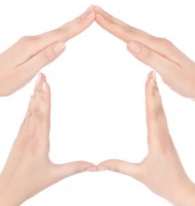 דמות בית מכפות ידיים
